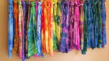Scarf dyeing
